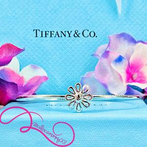 NWOT T&Co. Paloma Picasso Daisy Flower Bracelet